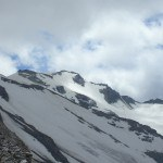 First view of Igloo des Pantalons Blancs (3280 m).