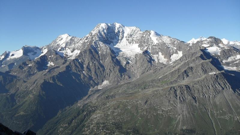 View toward Fletschhorn (3992 m) and Weissmies (4023 m).