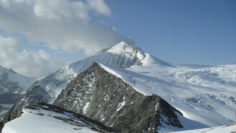 View from the summit of Pigne de la Le toward Grand Cornier and Dent Blanche (4357) behind it.