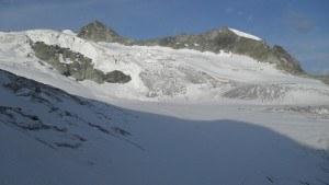 View toward Pointes de Mourti.
