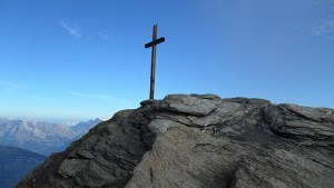 Summit cross of Sasseneire.