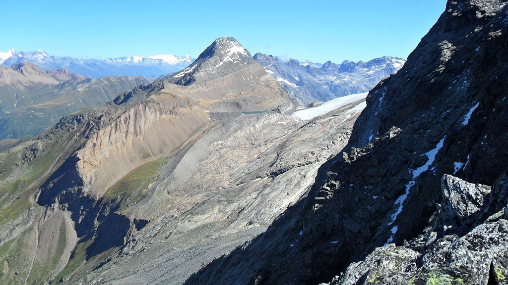 Wasenhorn (Punta Terrarossa), the south-west view from Hubschhorn. The lake is barely visible.