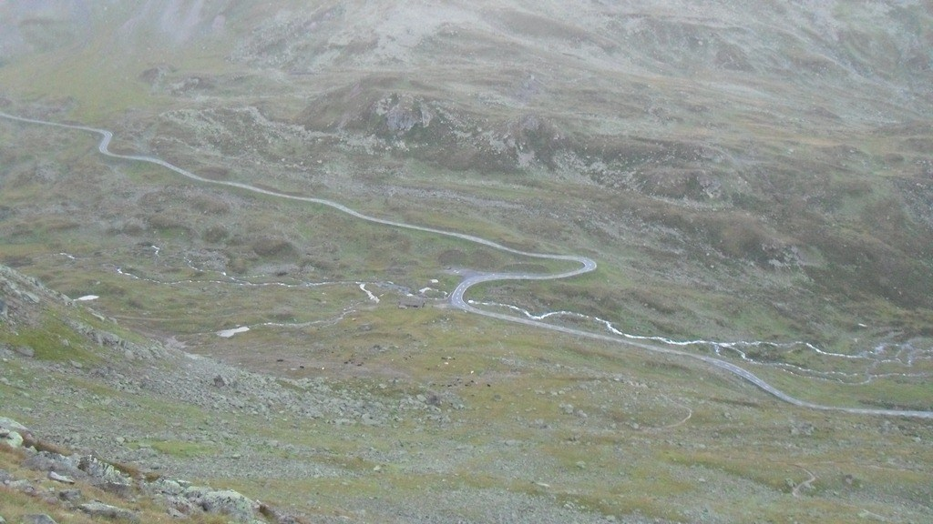 Start of the route to Fluela Wisshorn.