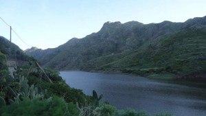 Punta del Hidalgo to Santa Cruz - dam