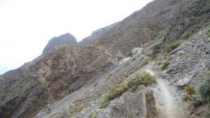 roques de anaga - path continues