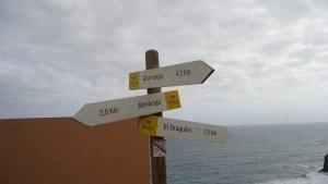 Roques de Anaga - signs.