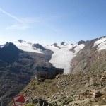 Ramol hut (3006 m) and Obergurgler ferner (glacier).