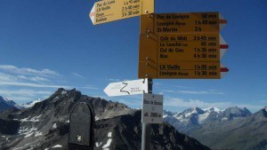Signs at the hut, 2985 m.