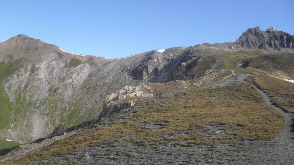 Becs de Bosson right and Pointe de la Tsevalire left seen from Lona pass (2787) m.