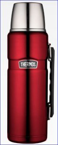 Vacuum insulated Thermos Stainless Steel King 40 ounce beverage bottle.