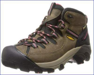 Keen Targhee II mid for women.