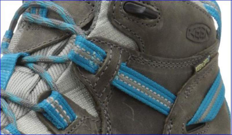 The strap attached to the lacing system.