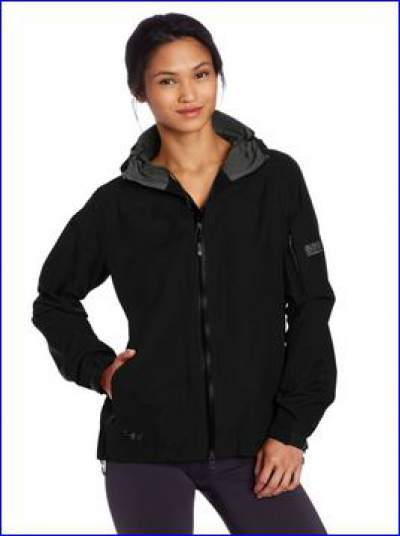 OR Aspire jacket in one out of four colors.