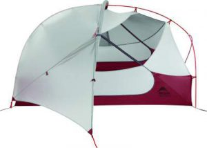 Adjustable rain fly with roll-up vestibule and stargazer view.