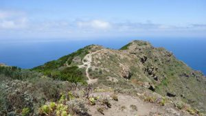 Tafaga hill above the Faro.