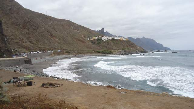 The start of the route below Almaciga.