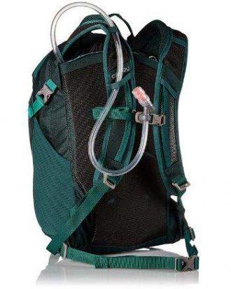 The suspension system with a flat back panel and pleasant shoulder straps.