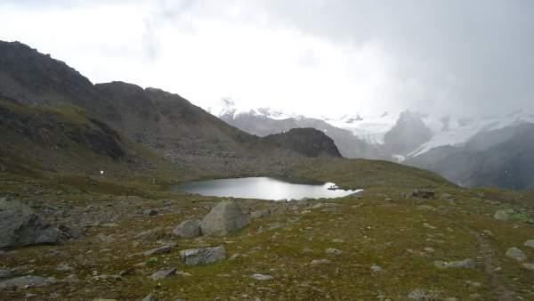 Lago Manzina (2790 m).