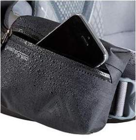 The waterproof hip belt pocket.
