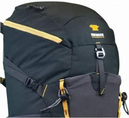 The panel entrance with a zipper. The upper compression side strap is also visible, and the bungee tie-offs for trekking poles' attachment.