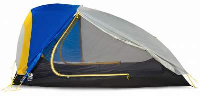 Side view showing how vertical is the tent's back.