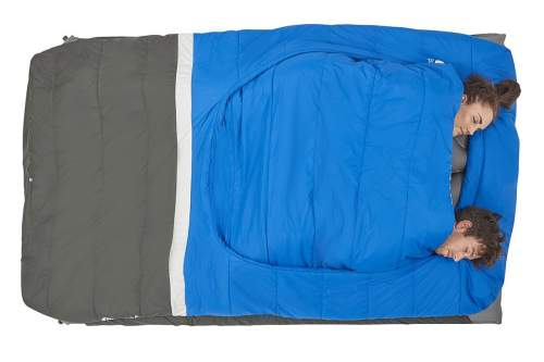 The foot box is similar to any ordinary sleeping bag but the comforter is something extra.