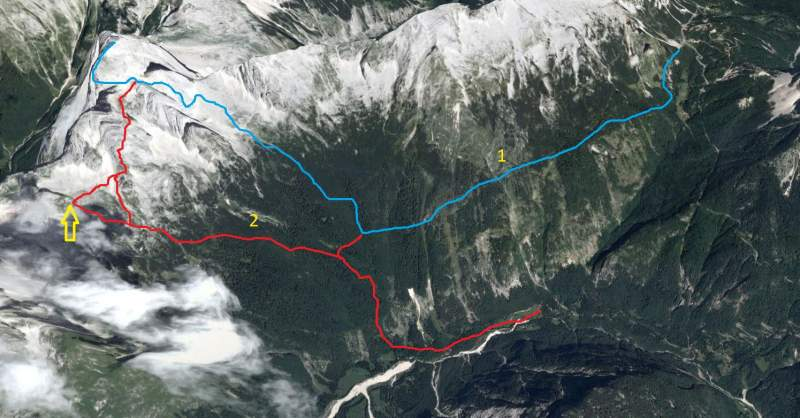 The two main south routes. The yellow arrow shows the position of the Zavetiste pod Spickom (the hut).