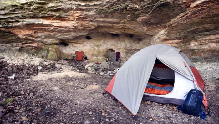 The Lynx 2 tent in the c&. & Alps Mountaineering Lynx 2 Person Tent Review - Incredible Price ...