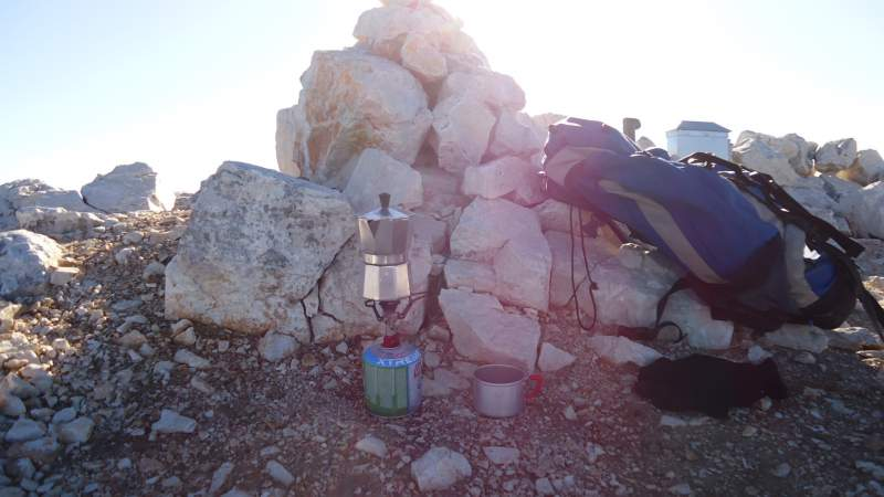 My morning coffee on the summit of Razor.