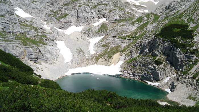 The lowest of the three lakes on Kriski Podi.
