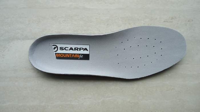 The insole.