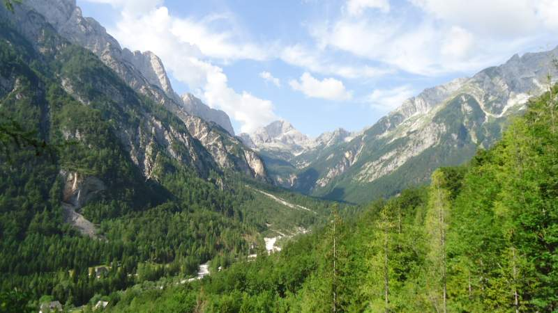 One place with great views - Zadnja Trenta valley and Bavski Grintavec behind.